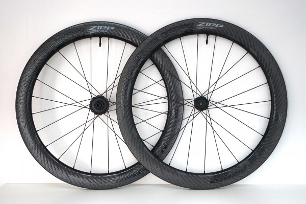 ZIPP 404 NSW DISC Carbon Clincher tubless (2021)