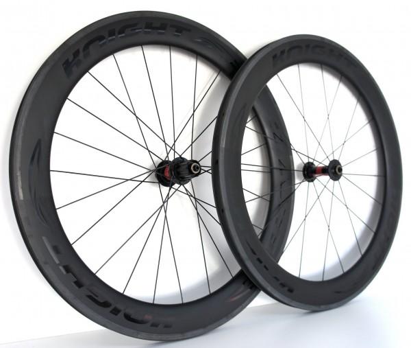 Knight 65 Carbon Clincher Laufradsatz mit DT240S Naben