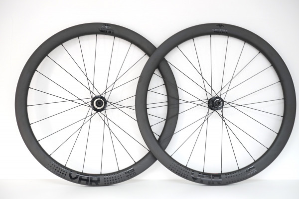 Venn Var 45 TCD filament wound tubeless clincher disc brake carbon wheels